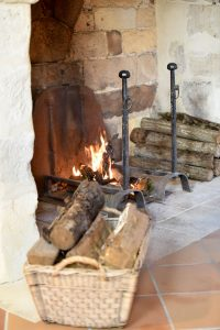 cosy and warm at Manoir Jouralem
